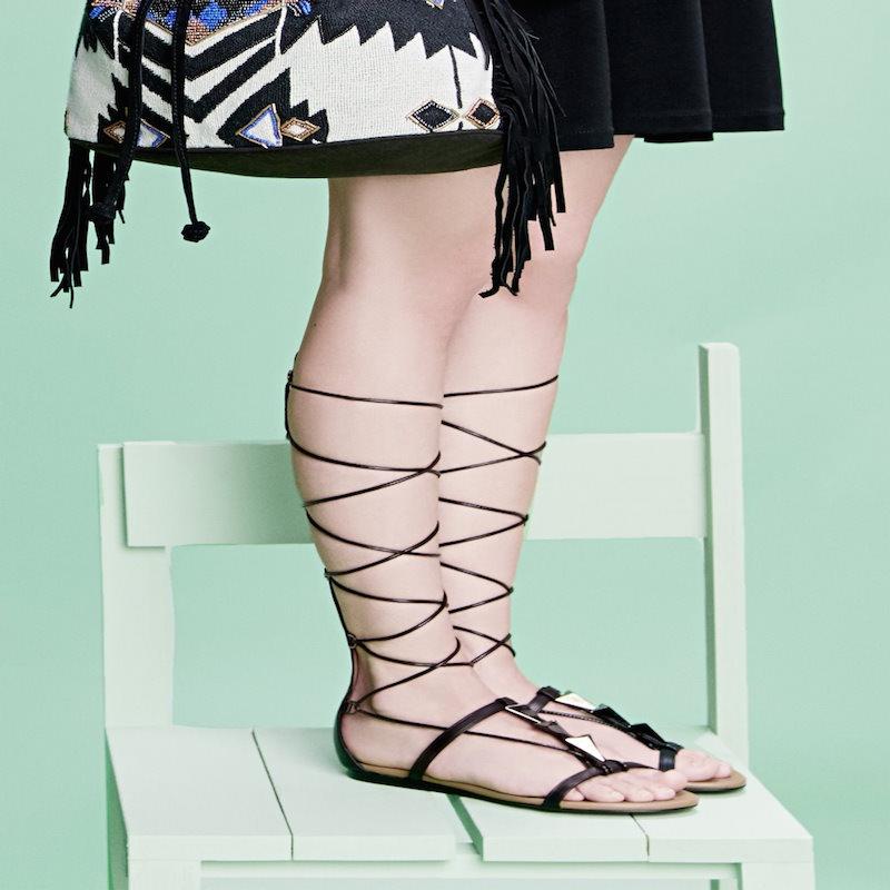 Sandalias romanas, la tendencia del verano
